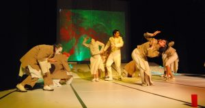 teatr-image-of-performance-thesis-author-ctpyjajoe-creative-commons-3