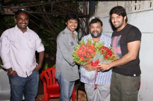 Actor Arya Birthday Celebration 2013 Photos Gallery (2)